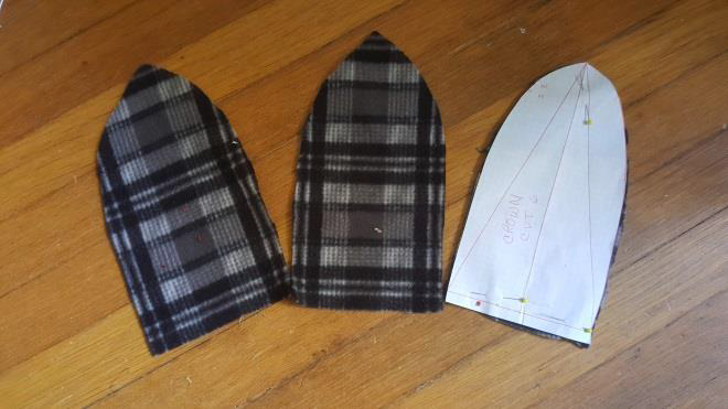 diy fur hat step 3.1 cut the  fabric