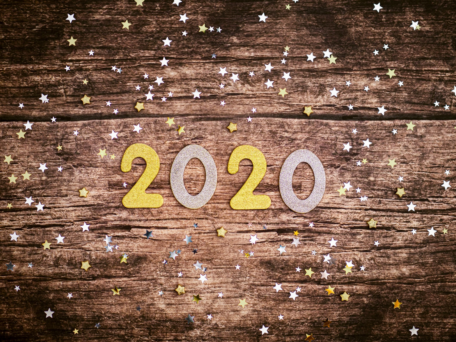 2020 with confetti